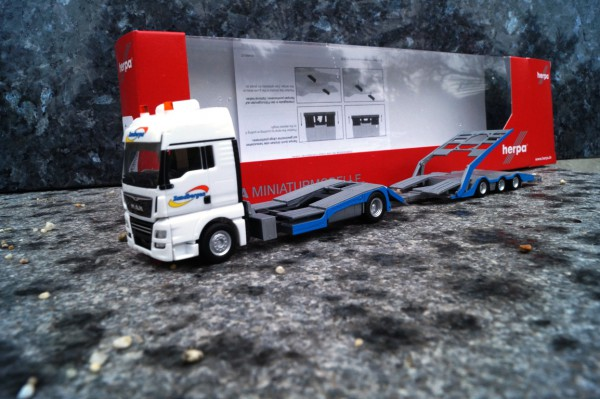 "MAN TGX XXL LKW-Transporter-Hängerzug ""Zandbergen"" (NL)"