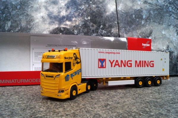 "Scania CS 20 HD 6x2 Container-Sattelzug ""acargo / Yang Ming 40 ft. High Cube"""