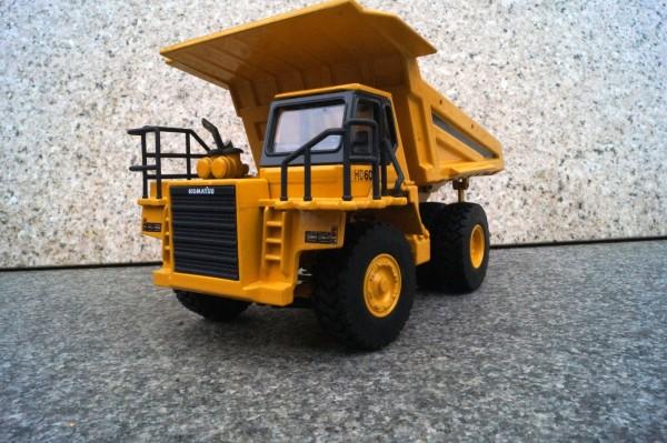 Komatsu HD 605 Muldenkipper