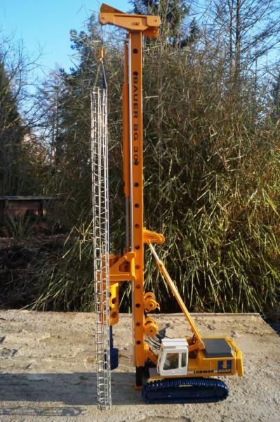 Bauer BG 30 Bohrgerät auf Liebherr R 954 Umbau