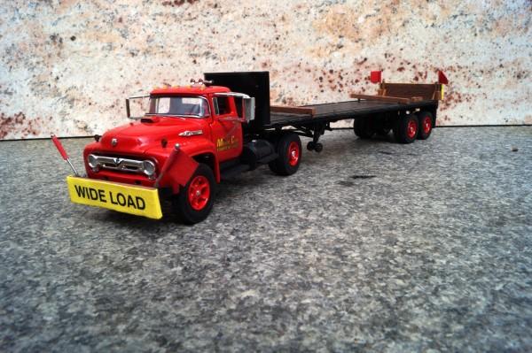 """Scania 2achs mit 2achs Tieflader """"Motor City"""