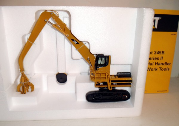 CAT 345B Material Handler mit Anbauteilen Serie II