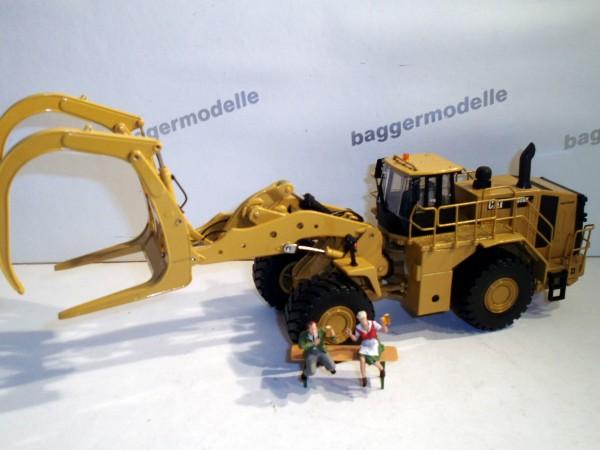 CAT 988K Radlader mit Gabel
