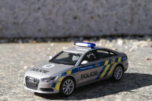 """Audi A6 Limousine """"Polizei Prag"""""""