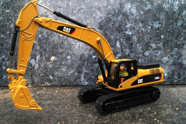 CAT 330D L Hydraulikbagger