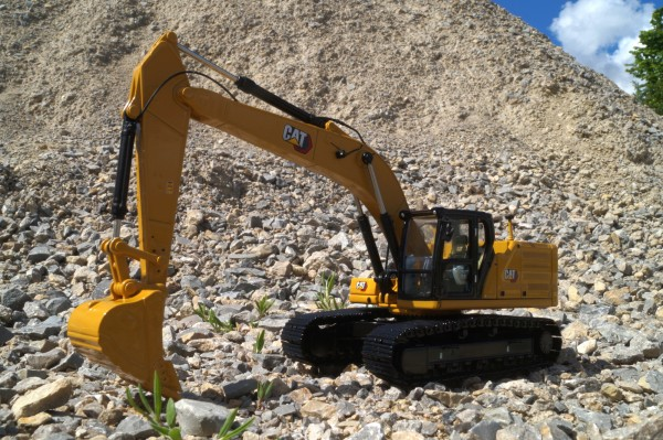 "CAT 330 Hydraulikbagger ""Next Generation"""