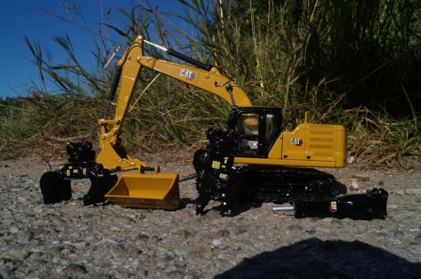 CAT 323 Hydraulikbagger mit Anbauteilen