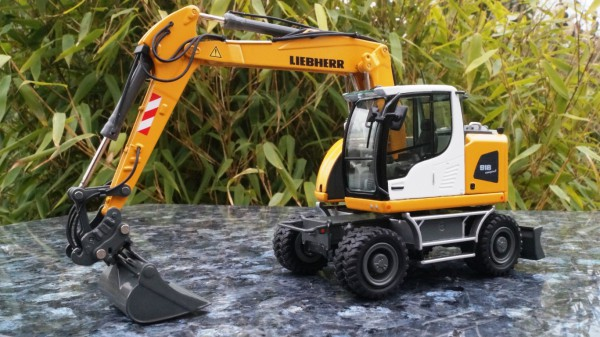 "Liebherr A 918 Mobil Compaktbagger ""Update"" New Design"""