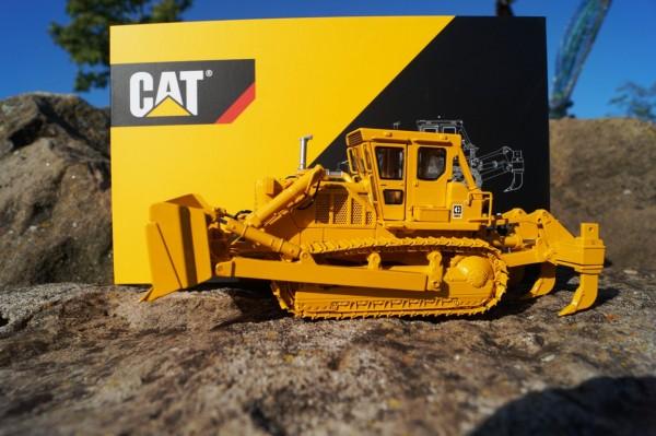 Cat D8K Raupe mit U-Schild mit 3 Zahnaufreißer