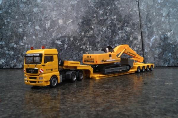 """MAN TGX XLX Tieflade-Sattelzug mit Bagger Liebherr 954 """"Leonhard Weiss"""""""
