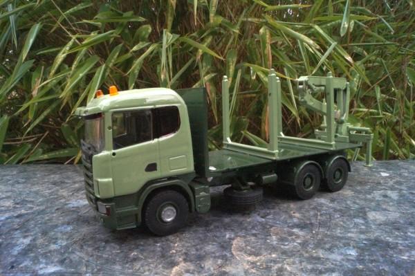 Scania 3achs Pritschen LKW mit Heckkran