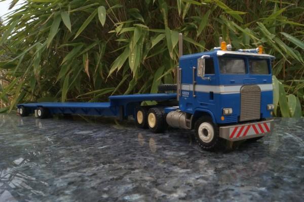 """Freightliner 3achs mit 2achs Talbert Tieflader """"KEEN"""""""