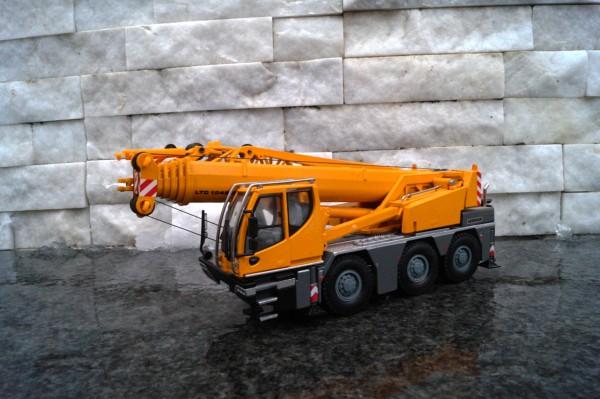 Liebherr LTM 1045 3achs Mobilkran