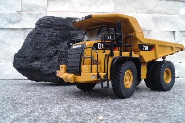 CAT 770 Dumper