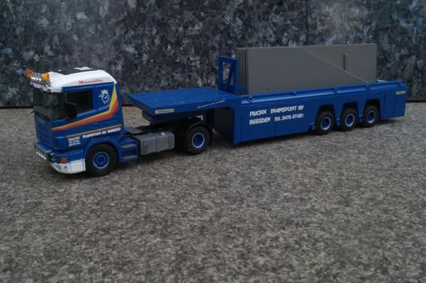 """Scania 2achs Zugmaschine mit Betonteile Transporter """"Beegden"""""""